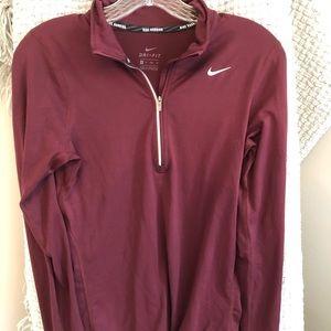 Women's Nike dri fit maroon quarter zip
